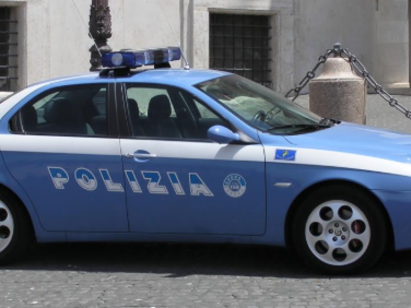 Violenta la nipote 15enne. Arrestato dai carabinieri al Parco Verde di Caivano