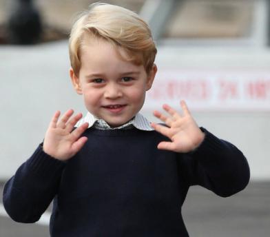 Gb, incitava a colpire il principe George: 32enne sotto processo