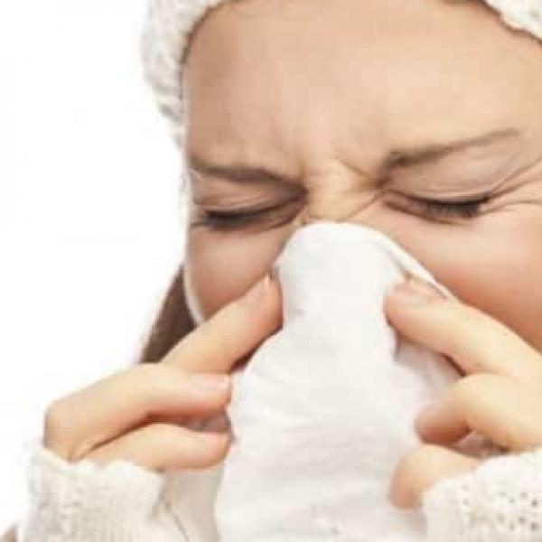 Raffreddore, trovata la molecola per sconfiggere il virus