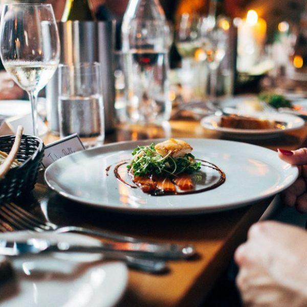 Galateo, le regole della buona tavola