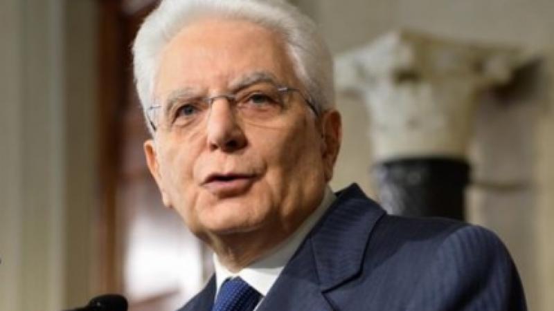 """Mattarella: """"Consolidare la fiducia per ottenere stabilità"""""""