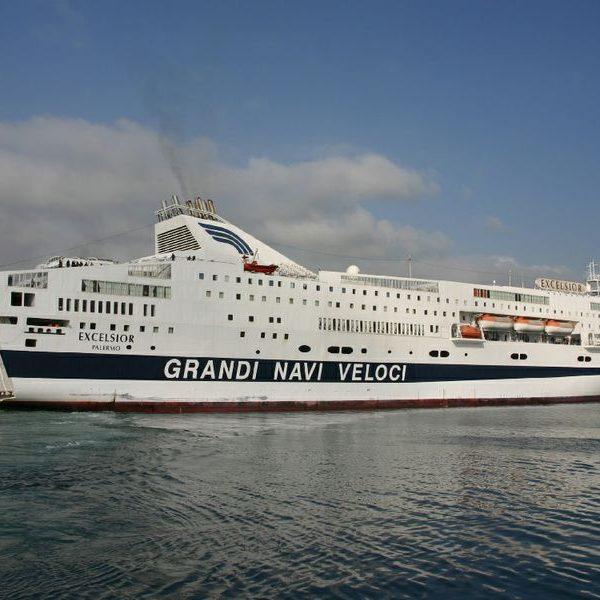Colpo sul traghetto Genova-Palermo, rubata la cassaforte