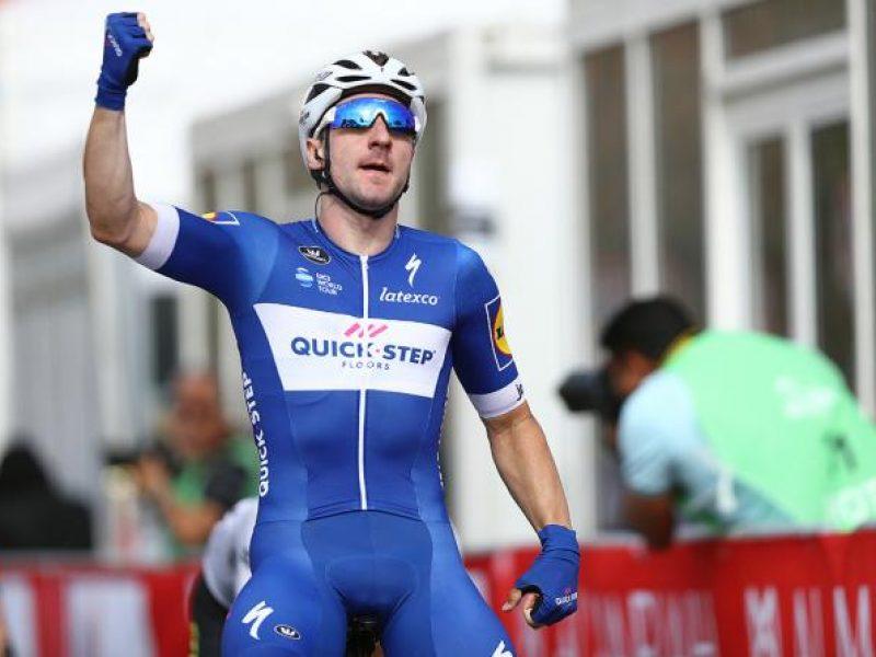 Terza tappa del Giro d'Italia. Viviani in volata padrone in Israele