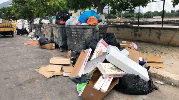 Palermo invasa dai rifiuti, RAP arranca