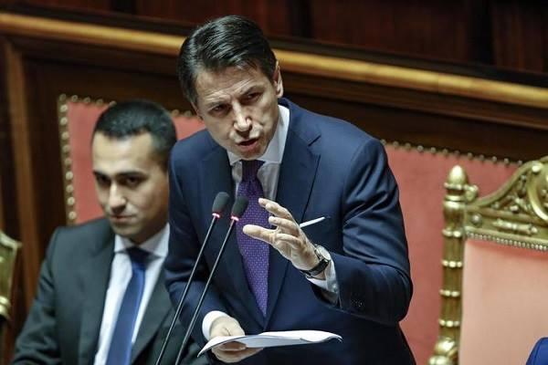 """Manovra 'bollente', Bruxelles alza i toni: """"Da Italia inadempienza grave"""""""