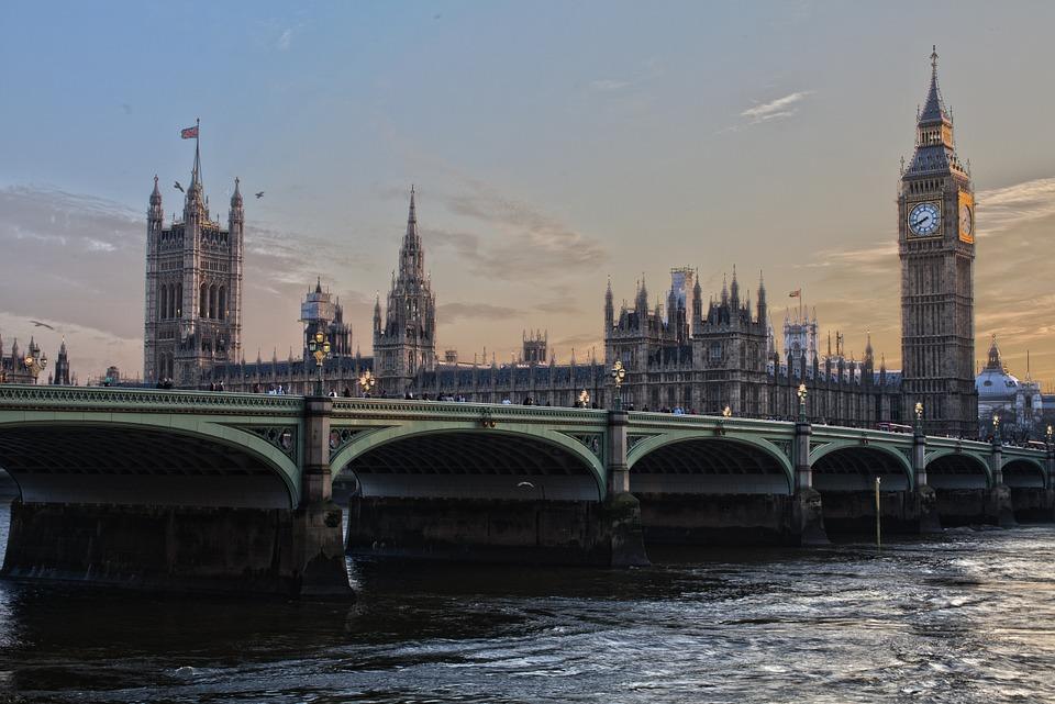 """Brexit, """"scenario da Apocalisse"""" per Londra"""
