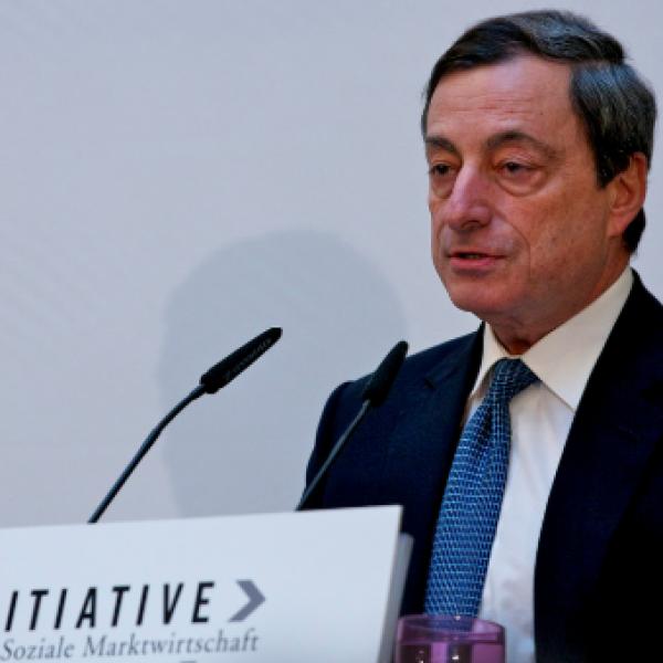 Bce, Draghi annuncia l'addio al quantitative easing