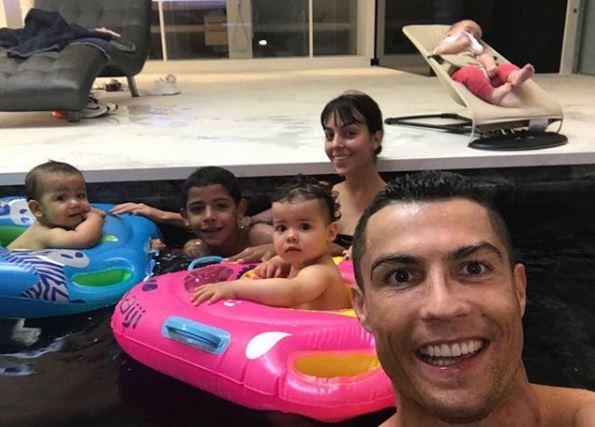 Gossip, Cristiano Ronaldo pronto per sposarsi?