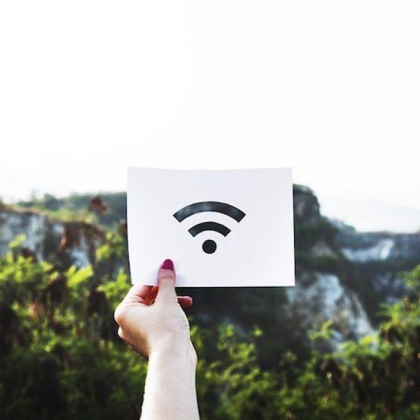 La banda ultra larga arriva in 65 comuni toscani