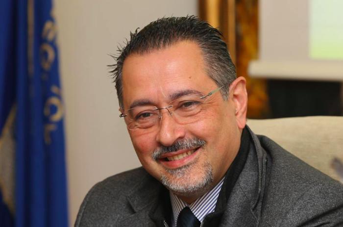Sanità Basilicata, il governatore Pittella finisce ai domiciliari
