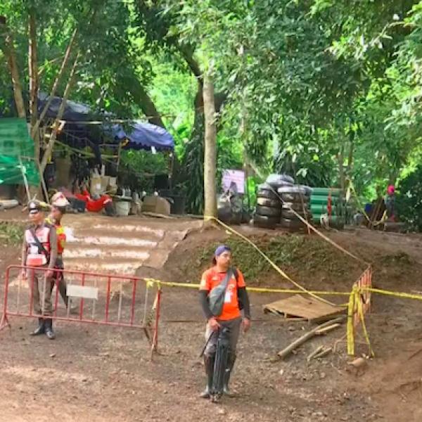 allenatore ragazzi thailandia, grotta Tham Luang soccorsi, lettere grotta thailandia, thailandia, Tham Luang