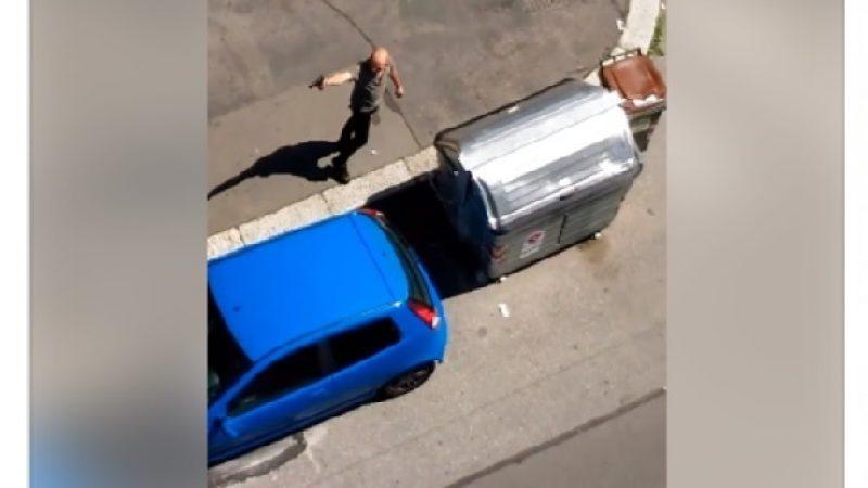 """""""Ti ammazzo"""", il video in cui un torinese minaccia con una pistola"""