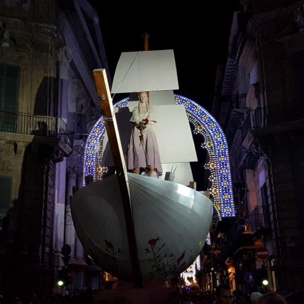 Palermo, in 400 mila per il Festino in onore di Rosalia bambina