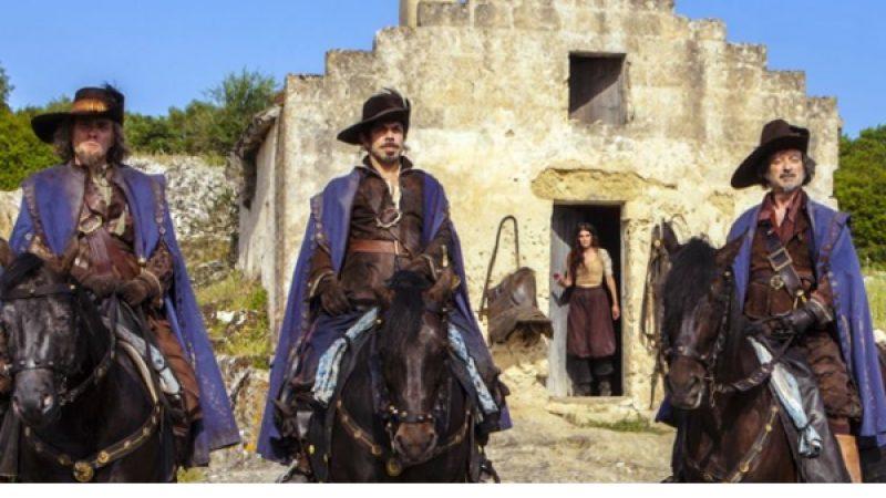 """I """"Moschettieri del re"""", diffusa la prima immagine del film"""
