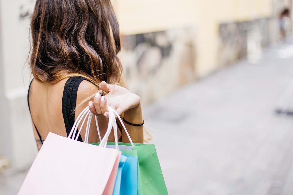 Black Friday, scongiurare la febbre da shopping in 3 mosse