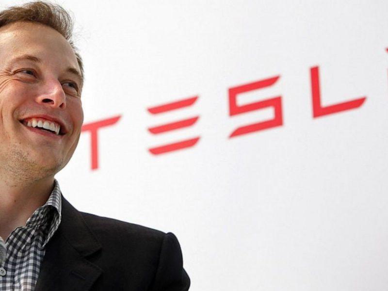 Elon Musk, auto elettriche, Tesla, Tesla rimane in Borsa, no delisting per Tesla