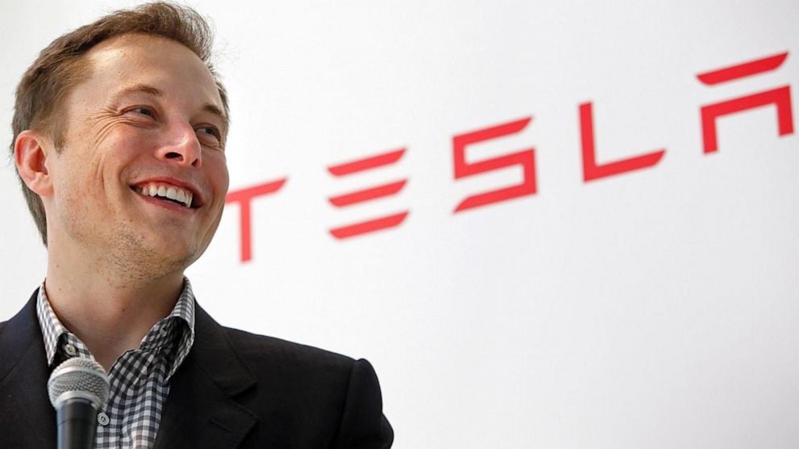Tesla e l'accordo con la Sec: Musk via da presidenza e multa da 40 mln