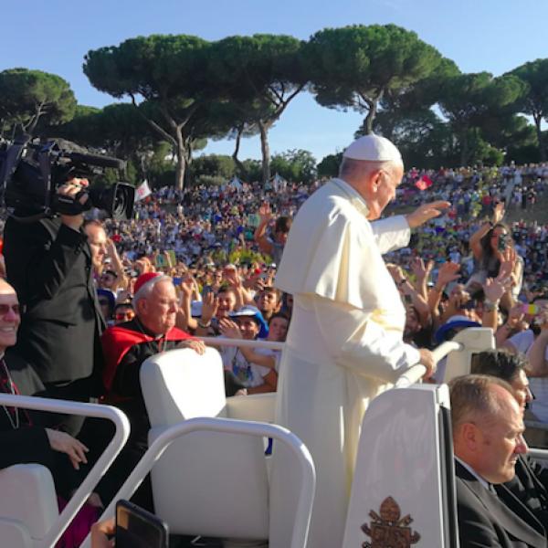 """Il Papa ai giovani italiani: """"I vostri sogni spaventano gli adulti"""""""