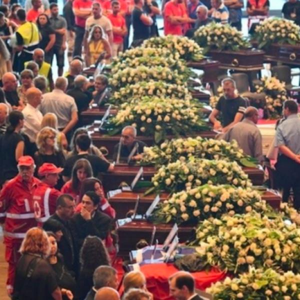 cedimento strallo genova, funerali di Stato Genova, funerali Genova, Genova, ponte genova, ponte Morandi Genova, revoca concessioni