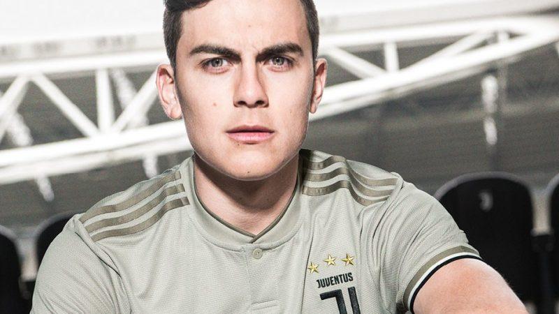Juventus, presentata la nuova seconda maglia per la stagione 2018/2019