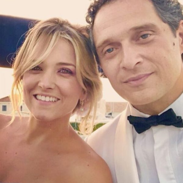 Francesca Barra e Claudio Santamaria censurati da Instagram: la reazione