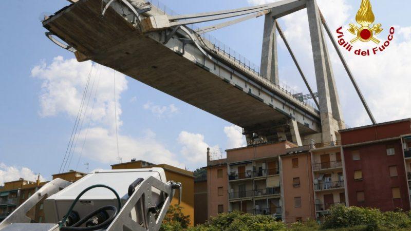 Ponte Morandi, Autostrade stanzia 50 mln per i familiari delle vittime