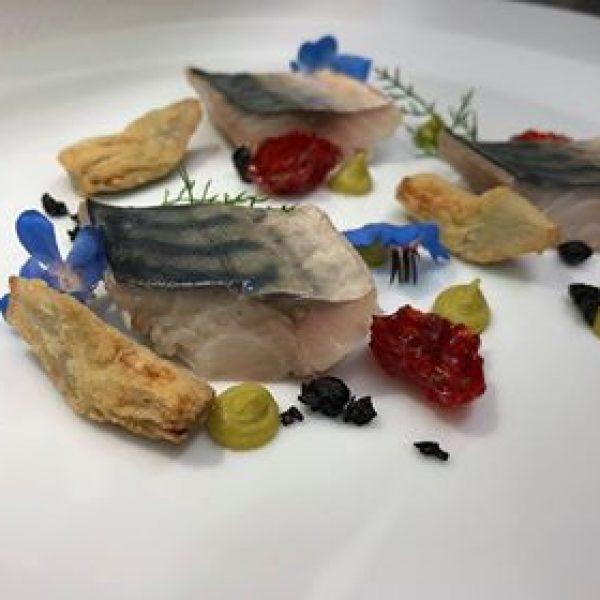 chef Marco Fusco, Chef Gioacchino Antonio Sensale, Hotel Dolcestate Campofelice di Roccella, Palermo, ricetta, sgombro, come preparare lo sgombro, ricetta facile sgombro,