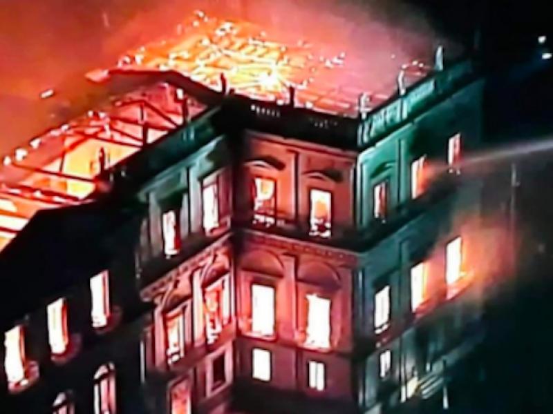 Brasile incendio, incendio Brasile, incendio museo nazionale rio de janeiro, incendio museo Rio, incendio museo rio de janeiro