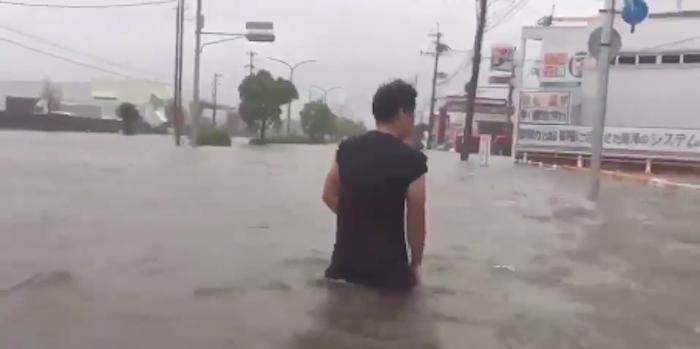 Tifone Mangkhut, 25 morti nelle Filippine. La tempesta si sposta verso la Cina