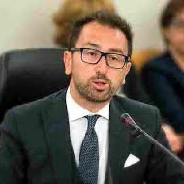 Appalti, Cdm: Daspo perpetuo ai condannati per corruzione