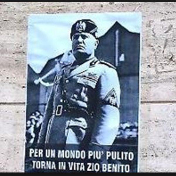 Tappezzò Rimini con volantini pro Mussolini: condannato a sei mesi
