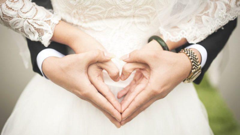 Sposo scappa con i soldi delle nozze, parte la rissa a Torre del Greco