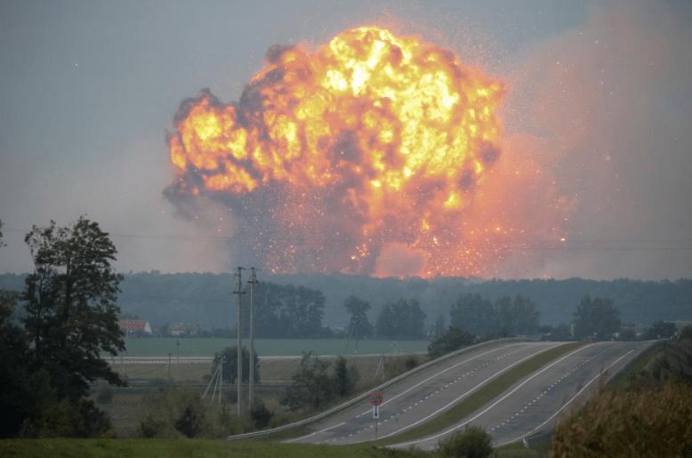 Ucraina, esplode deposito di munizioni: 10 mila evacuati