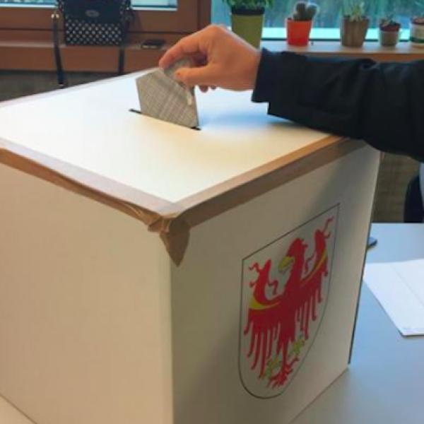 Provinciali Alto Adige, boom Koellensperger (ex M5S): vince la Svp
