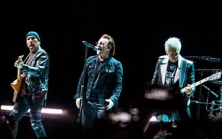Comprano biglietti per il concerto degli U2, ma il posto non esiste