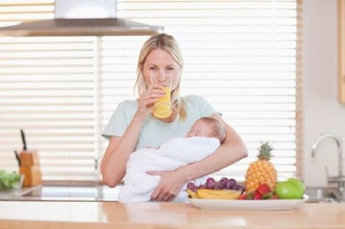 Dieta post-parto, cosa mangia una neomamma?