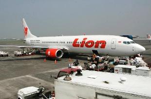 Indonesia, aereo precipita in mare: un italiano tra i 189 morti