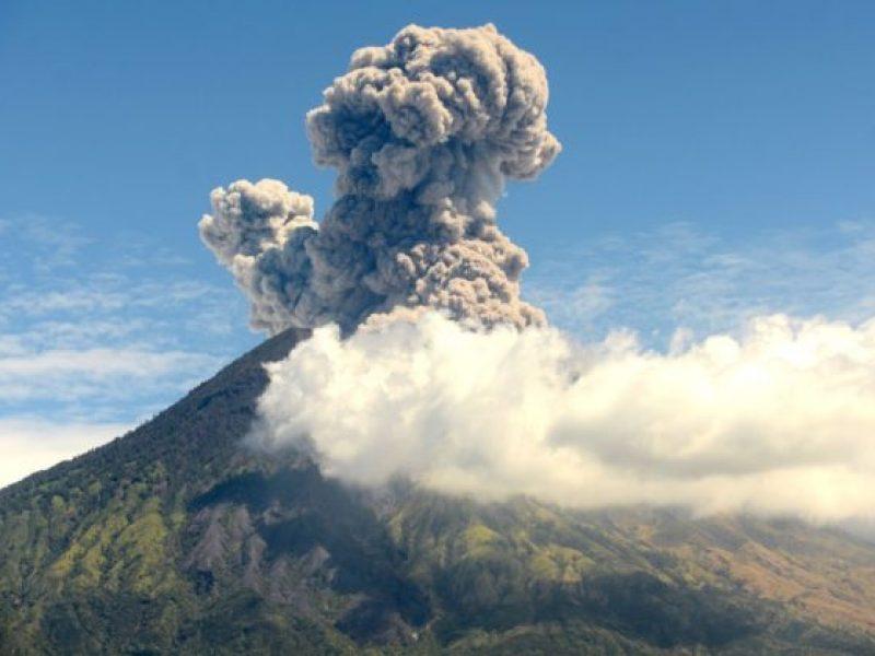 Oltre allo Tsunami anche il Vulcano... la sorte non dà tregua all'Indonesia