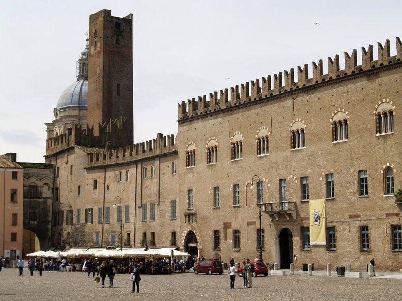 ambiente, legambiente, mantova città più ecologica d'italia, catania ultimo posto città green, cosenza piste ciclabili,