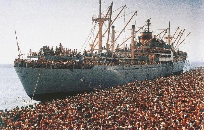 Migranti, la sinistra l'Ong e la nave salvavita