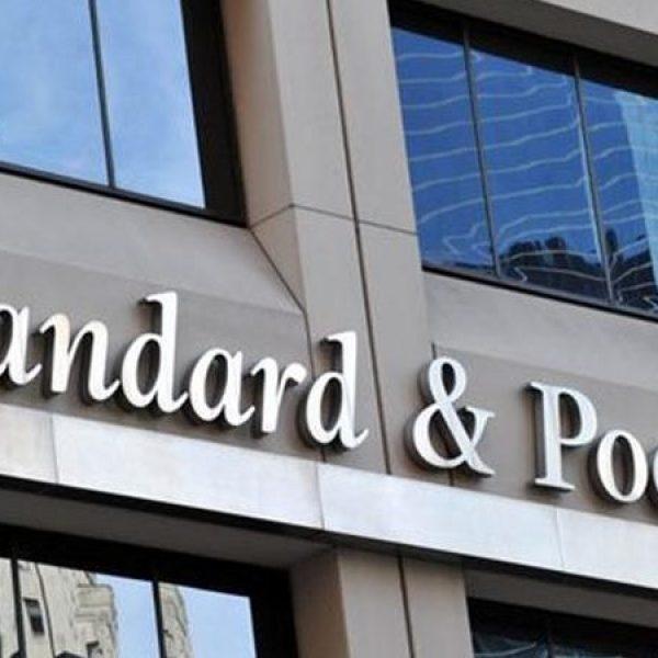 S&P conferma il rating dell'Italia, ma l'outlook è negativo