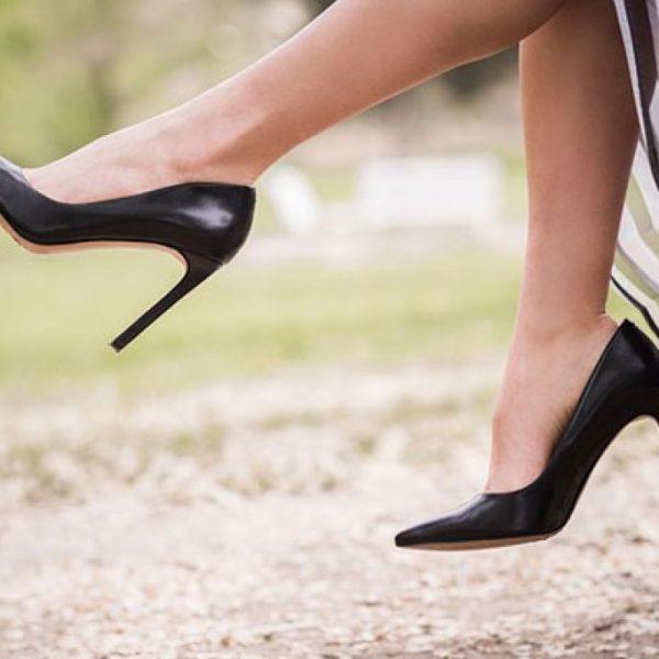 Tendenze scarpe, l'autunno si tinge di bianco