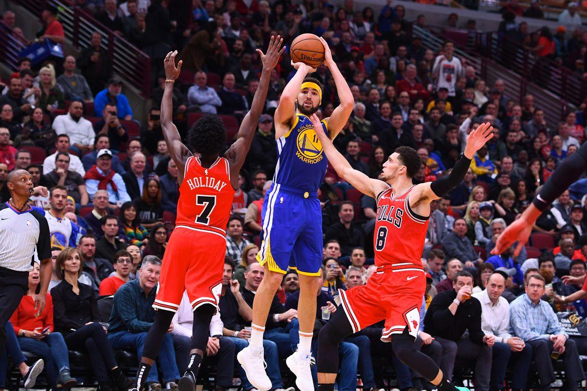 NBA, Klay Thompson da record: 14 triple segnate in una partita