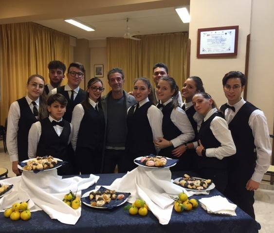 Palermo, Salvo Ficarra incontra gli studenti dell'Ipssar Cascino