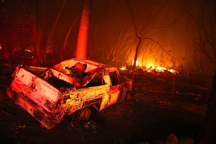 Apocalisse di fuoco in California, almeno 11 morti e danni incalcolabili