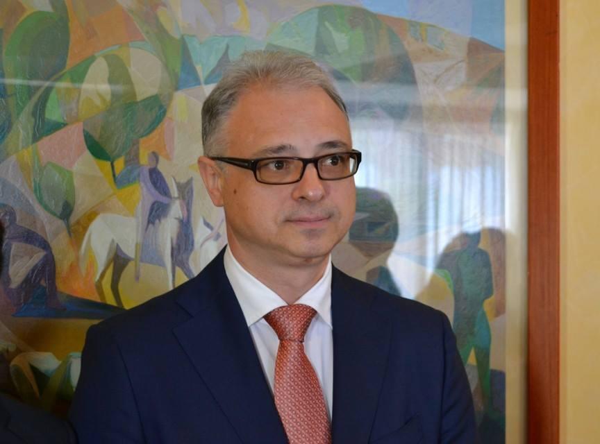Kiev, assalto all'ambasciata russa: richiesta legge marziale