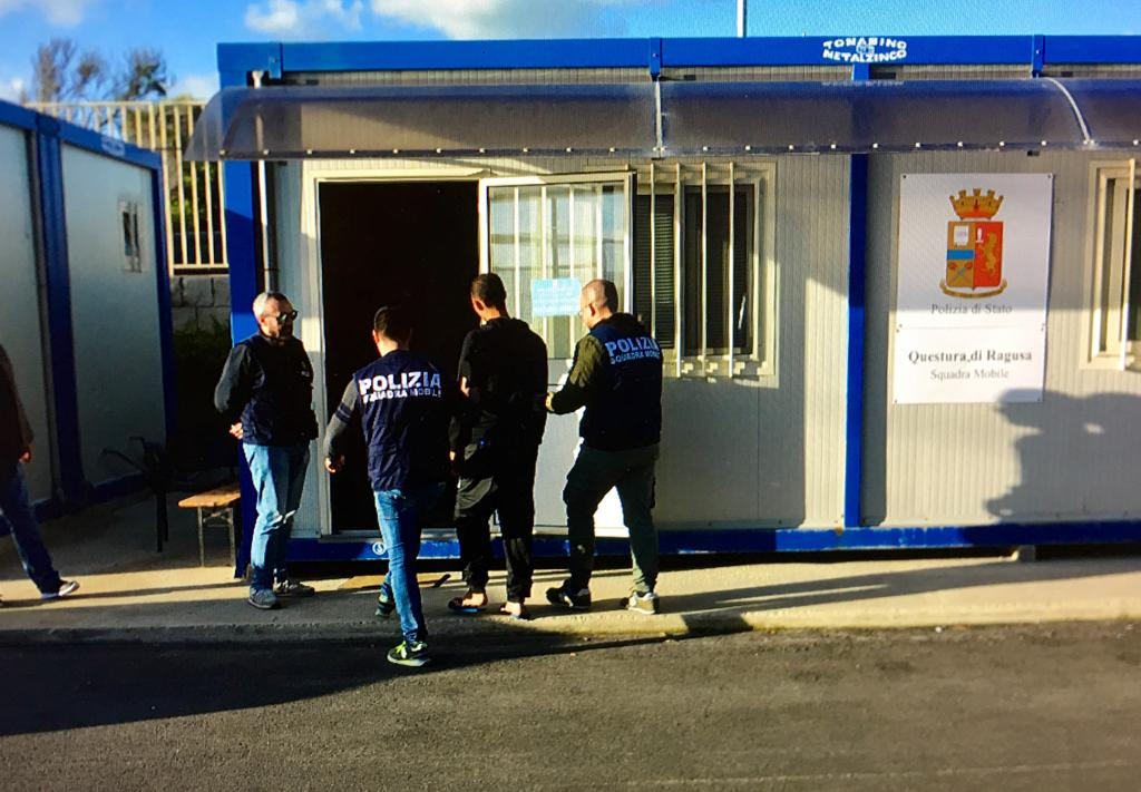 Migranti a Pozzallo, fermati 5 scafisti egiziani