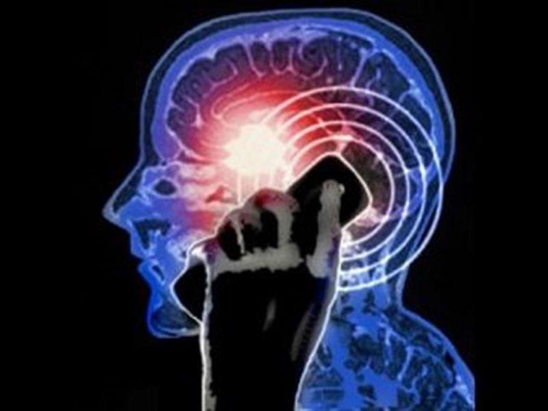 evidenze sul legame tra cellulari e tumori
