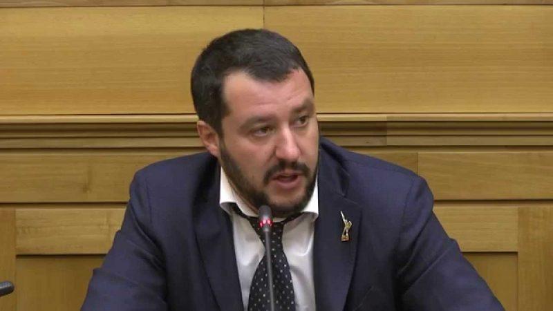 """Salvini: """"Bloccare l'adeguamento delle pensioni sopra i 5mila euro"""""""