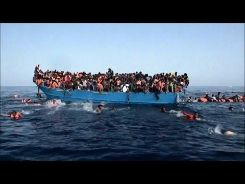 Migranti, barcone in avaria: 82 salvati da rimorchiatore